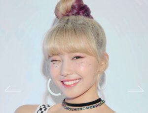 「NiziU」(にじゆー)のメンバーマユカのプロフィール画像