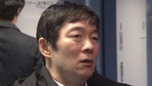 鍵山優真の父親・鍵山正和はコーチで元五輪選手!病気は脳梗塞で杖をついている?