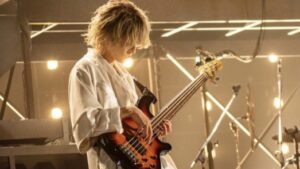 7ORDER森田美勇人の担当楽器はベース!舞台での演奏姿がかっこいい