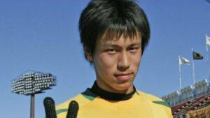 本田圭佑の高校時代の顔画像と現在の目を比較