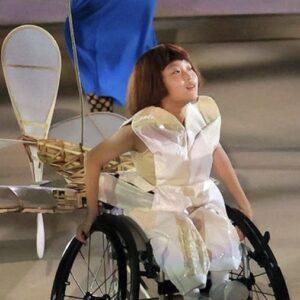 開会式の車椅子の女の子・飛行機の子役は和合由依!障害・病気は先天性?