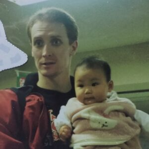 【顔画像】トムホーバスの嫁・エイコが美人!ナンパ→結婚で子供2人の4人家族!